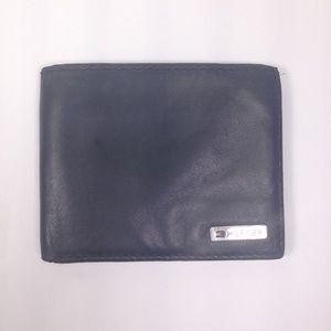 Tommy Hilfiger Bifold Wallet